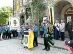 1708---festakt-usw/7193/begruessung-der-schuetzen-und-gaeste-durch Begrüßung der Schützen und Gäste durch den Vorsitzenden Manfred Goldacker beim Festakt auf dem Markt - 17.08.2008