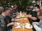 2009/14240/zum-mittag-gab-es-traditionell-bockwurst Zum Mittag gab es traditionell Bockwurst mit Kartoffelsalat - 10.04.2009